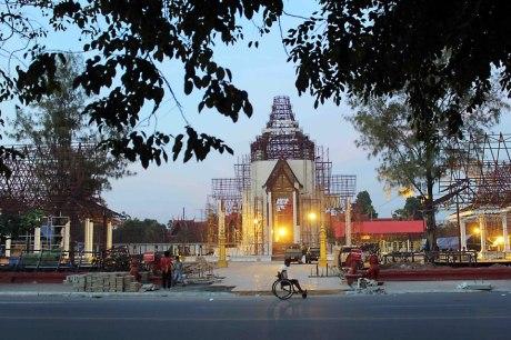 Sihanouk_crematorium-site-2012